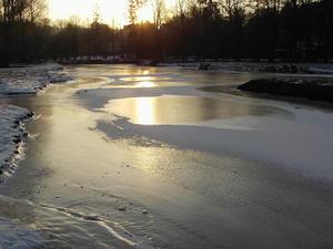 Achtung – Noch keine tragenden Eisflächen