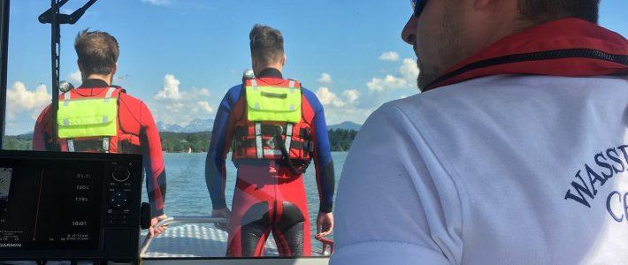 Manövrierunfähiger Catamaran vor Schützing